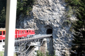 Ge 4.4ii lower tunnels Arosa line 16.09.2007