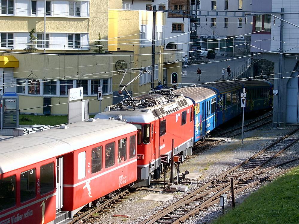 Mixed train formation at Arosa 15.09.2007